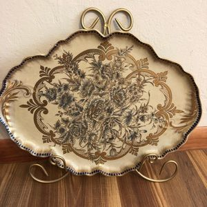 Beautiful Decorative Plate With Plate Hanger